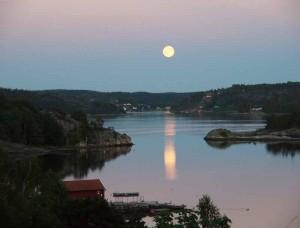 """Stilla augustinatt"" foto: Maria Aronsson"